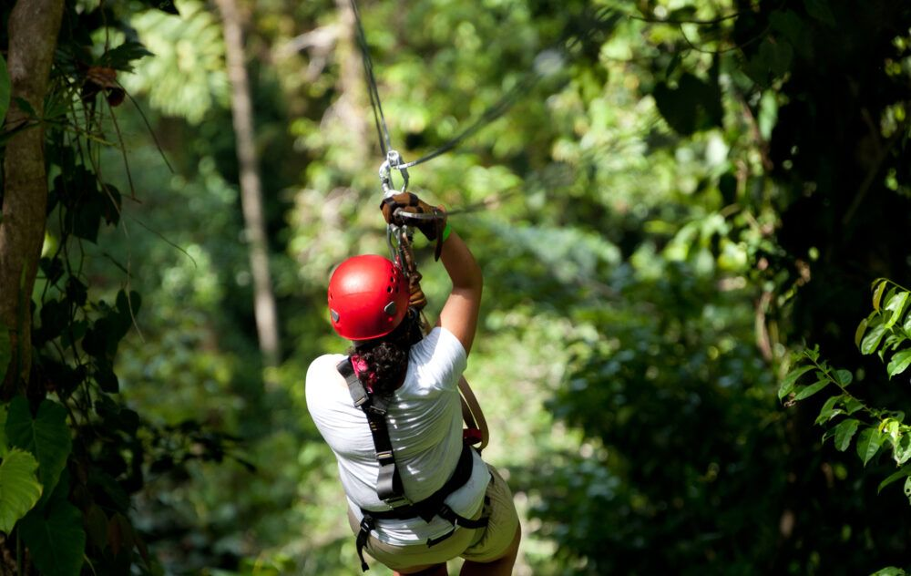 Cómo llegar a Bastimentos Sky Zipline Canopy Tour, Panamá