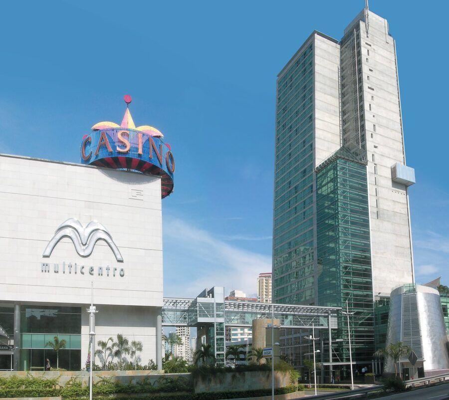 Radisson Hotel Panama Canal.