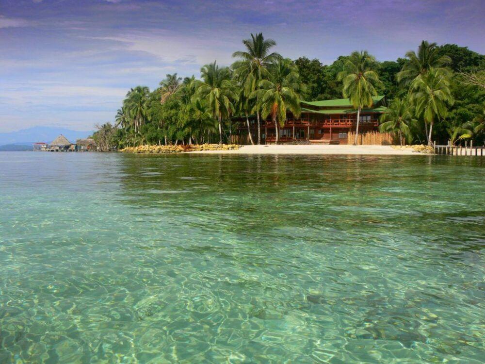 Isla Carenero, Panamá