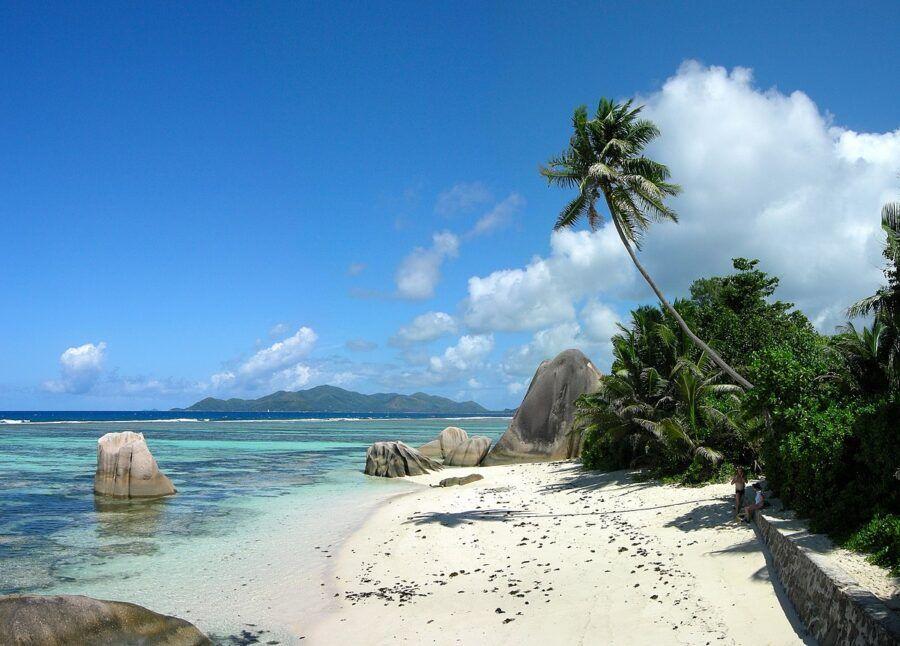 Como legar a Isla Jicarita, Panamá.